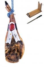Iberische schouderham van graan gevoede varkens van de eeuw van Sánchez Bermejo - heel + hamklem + mes